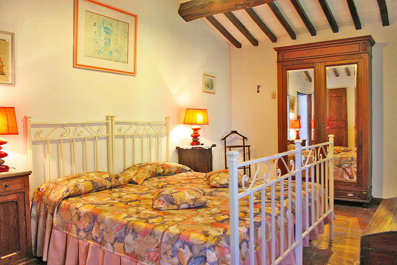 Ferienhaus Toskana TOH435 Schlafzimmer mit Doppelbett ...