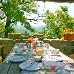 Ferienhaus Toskana TOH745 Esstisch im Garten