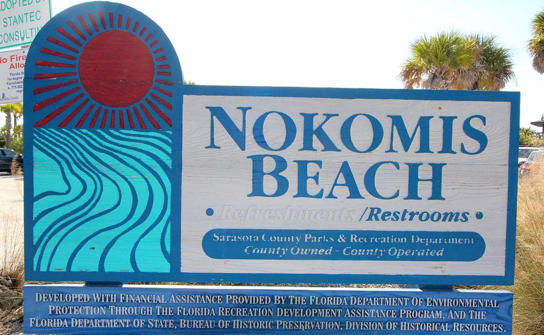Hinweisschild zum Strand