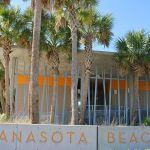 Strand Manasota Beach mit WC-Räumen
