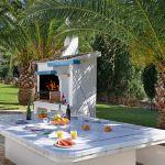 villa-mallorca-ma5654-grillbereich-mit-esstisch