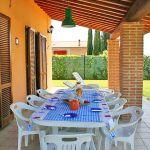 Ferienhaus Toskana TOH576 Terrasse mit Esstisch (2)