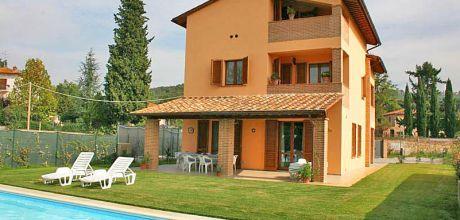 Ferienhaus Toskana mit Pool Lucignano 576 für 12 Personen mieten, kostenlose Stornierung bis 45 Tage vor Anreise für alle Neubuchungen, Wechseltag Samstag – Nebensaison flexibel, Mindestmietzeit 1 Woche.