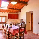 Ferienhaus Toskana mit Pool und Hund TOH380 Essbereich