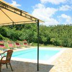 Ferienhaus Toskana mit Pool und Hund TOH380 Gartenmöbel am Pool