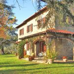 Ferienhaus Toskana mit Pool und Hund TOH409 Hausansicht