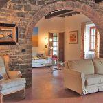 Ferienhaus Toskana mit Pool und Hund TOH409 Sitzgelegenheiten im Wohnraum