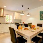 Ferienhaus Mallorca MA33403 Esstisch in der Küche