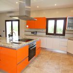 Luxus-Ferienhaus Mallorca MA4811 Küche mit Kochinsel