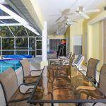 villa-florida-fve5005-esstisch-auf-der-terrasse