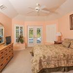 villa-florida-fve5005-schlafzimmer-mit-doppelbett