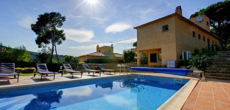 Ferienhaus Costa Brava Tamariu 4133 mit beheizbarem, eingezäunten Pool in Strandnähe (420 m). An- und Abreisetag Samstag.