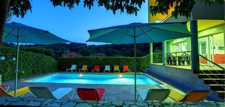 Ferienhaus Costa Brava Tamariu 6137 mit Pool für 12 Personen in Strandnähe (900m). An- und Abreisetag Sonntag.