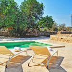 ferienhaus-mallorca-ma2042-sonnenliegen-am-pool