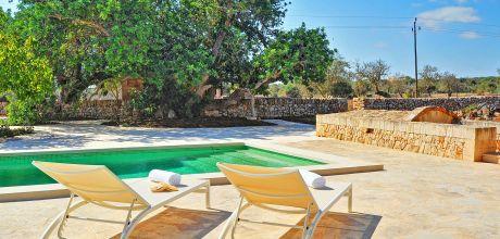 Mallorca Südostküste: Ferienhaus Santanyi 2042 mit Pool für 4 Personen, Wohnfläche 140qm, Grundstück 2500qm. Wechseltag vom 30.06. – 01.09.2018 nur Samstag, Rest flexibel – Mindestmietzeit 1 Woche.