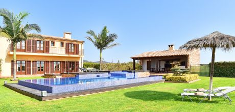 Mallorca Südostküste – Luxus-Finca S'Horta 4998 mit Pool und Whirlpool, Grundstück 25.000qm, Wohnfläche 380qm. An- und Abreisetag flexibel, Mindestmietzeit 1 Woche. 2018 buchbar.