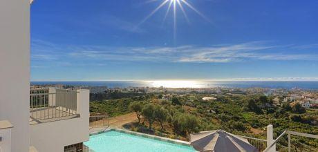Villa Costa del Sol Nerja 3025 mit privatem Pool, Innenpool und Meerblick für 6 Personen. An- und Abreisetag Samstag, Nebensaison flexibel auf Anfrage!