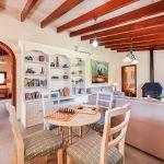 Ferienhaus Mallorca MA3162 Wohnbereich mit Kaminofen