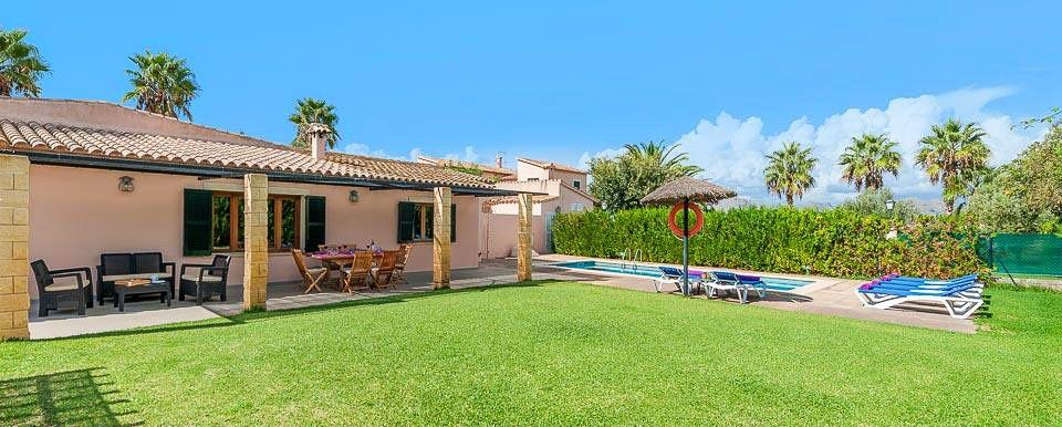 Ferienhaus Mallorca MA3162 mit Rasenfläche