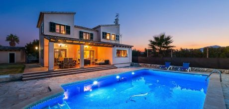 Mallorca Nordküste – Ferienhaus Alcudia 5325 mit Pool für 10 Personen, Strand = 1,5 km. An- und Abreisetag Samstag – Nebensaison flexibel auf Anfrage. 2019 buchbar.