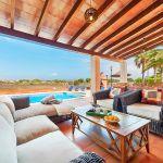 Ferienhaus Mallorca MA5325 Gartenmöbel auf der Terrasse (2)