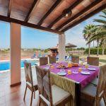 Ferienhaus Mallorca MA5325 Terrasse mit Esstisch