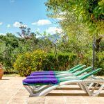Finca Mallorca MA23487 Sonnenliegen im Garten