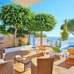 Villa Algarve ALS4068 Gartenmöbel auf der Terrasse