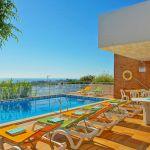 Villa Algarve ALS4068 Poolterrasse mit Gartenmöbel