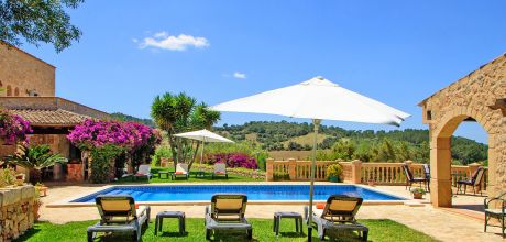 Mallorca Südostküste – Finca Son Macia 4775 mit privatem Pool für 8 Personen, Strand 7km, Grundstück 7.200qm, Wohnfläche 240qm, An- und Abreisetag Samstag.