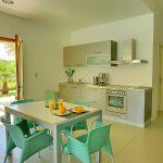Villa Kreta KV22305 Küche mit Esstisch