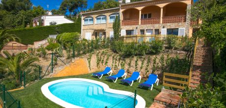 Ferienhaus Costa Brava Tomasi 23492 mit privatem Pool und Internet für 4 Personen. An- und Abreisetag Freitag.