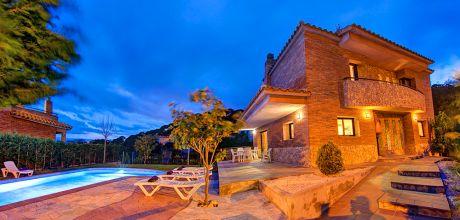 Ferienhaus Costa Brava Canyelles 43398 mit Pool für 8 Personen in Strandnähe (800m). Anreise- und Abreisetag Freitag.