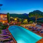 Ferienhaus Costa Brava CBV63516 in der Abenddämmerung