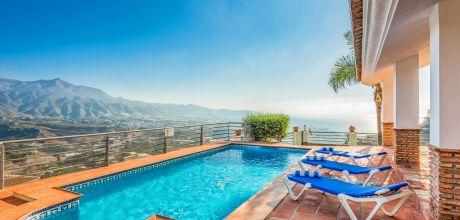 Ferienhaus Costa del Sol Nerja 4115 mit Pool, Whirlpool und  Meerblick für 8 Personen, Strand=2 km. An- und Abreisetag Samstag.