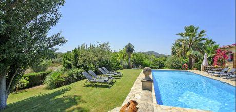Mallorca Nordküste – Ferienhaus Pollensa 4808 mit großem Pool für 8 Personen. Strand 9 Km. An- und Abreisetag Samstag.