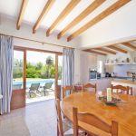 Ferienhaus Mallorca MA4808 Küche mit Zugang zur Terrasse