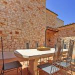 Finca Mallorca MA3928 Terrasse mit Gartentisch