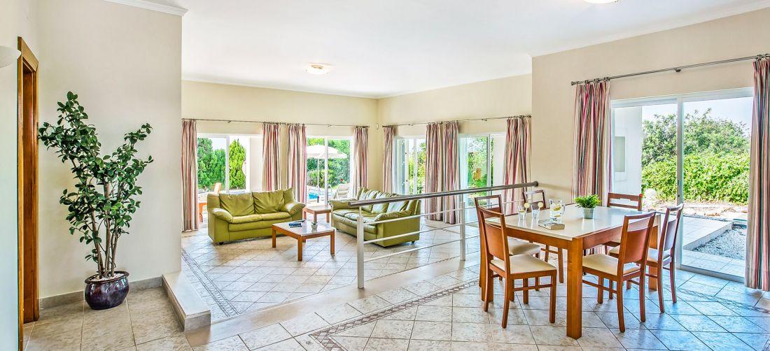Villa-Algarve-ALS3500-Essbereich
