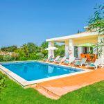 Villa-Algarve-ALS3500-Garten-mit-Pool