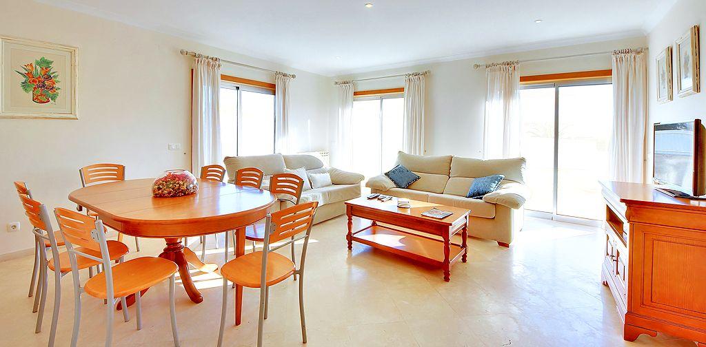 Villa Algarve ALS4600 Esstisch im Wohnbereich