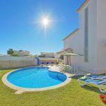 Villa Algarve ALS4600 Rasenfläche um den Pool