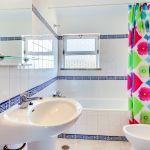 Villa-Algarve-ALS4603-Bad-mit-Wanne