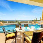 Villa-Algarve-ALS4603-Gartenmöbel-am-Pool
