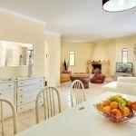 Villa-Algarve-ALS4604-Essbereich-im-Wohnraum