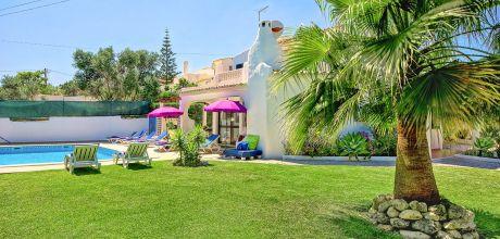 Villa Algarve Castelo 4604 mit privatem Pool für 8 Personen, Strand = 900m. An- und Abreisetag Samstag/Dienstag, Nebensaison flexibel auf Anfrage.