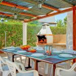 Villa-Algarve-ALS4604-Grill-mit-Esstisch