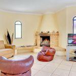 Villa-Algarve-ALS4604-Sitzecke-am-Kamin