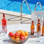 Villa-Algarve-ALS4608-Gartentisch-am-Pool
