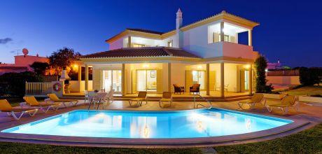 Villa Algarve Gale 4608 mit privatem Pool und Internet für 8 Personen, Strand = 1,5 km. An- und Abreisetag Samstag, Nebensaison flexibel auf Anfrage.